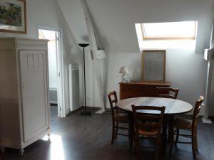 Gite du petit Colombier à Arras : la salle à manger